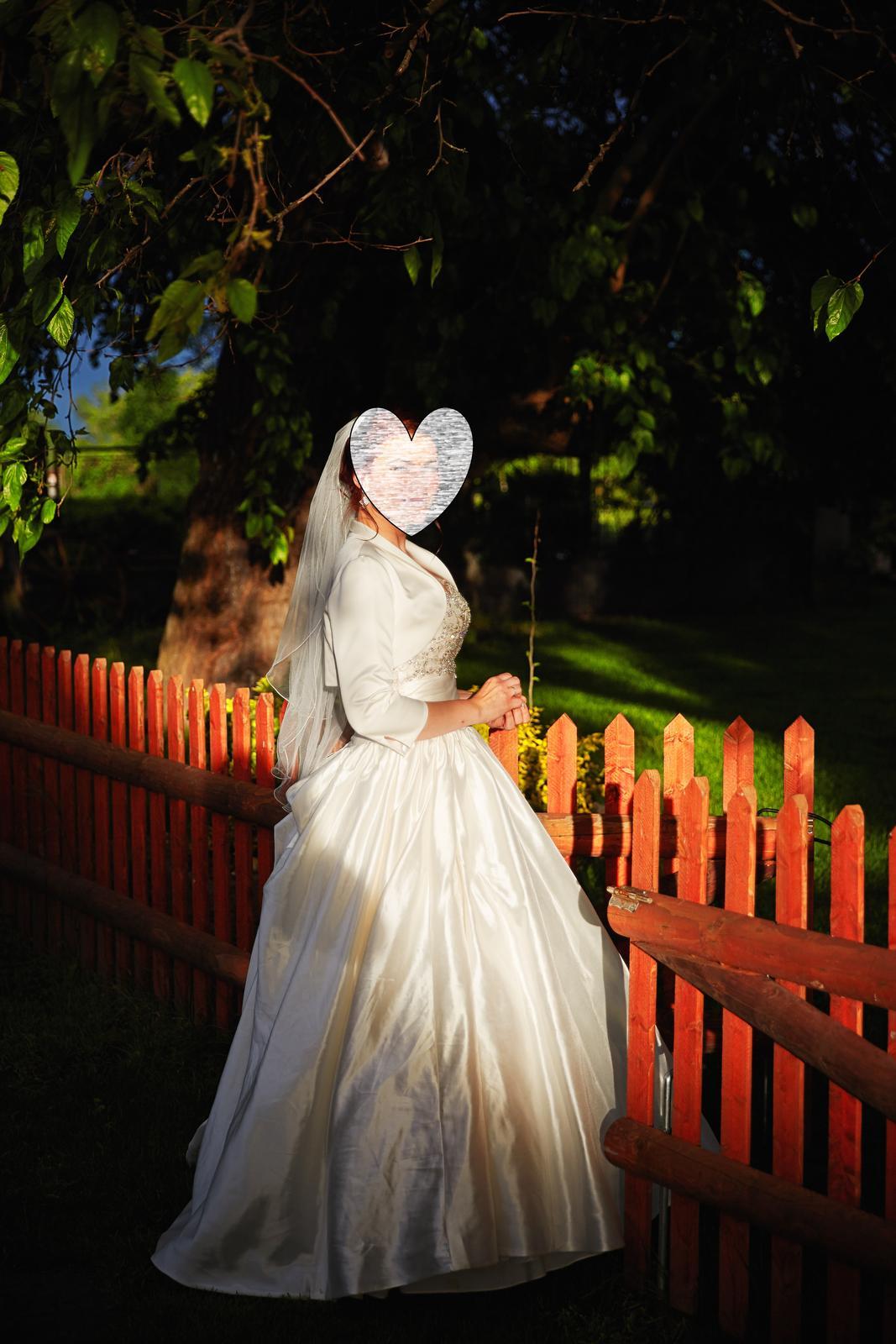vynimocne svadobne saty - Obrázok č. 4