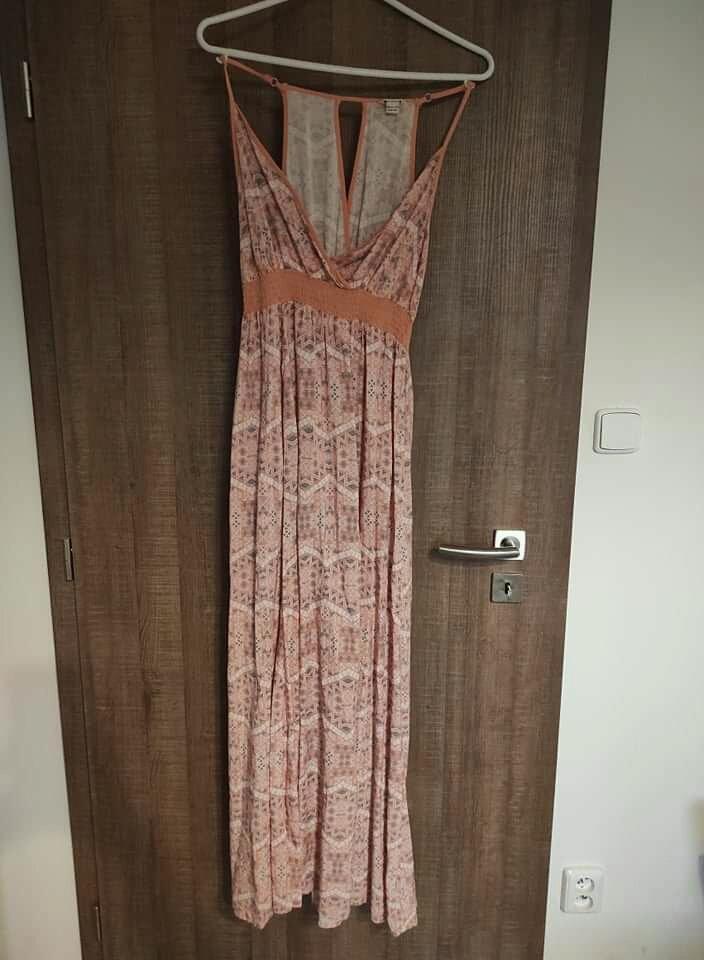 Maxi šaty Cherokee - Obrázek č. 1