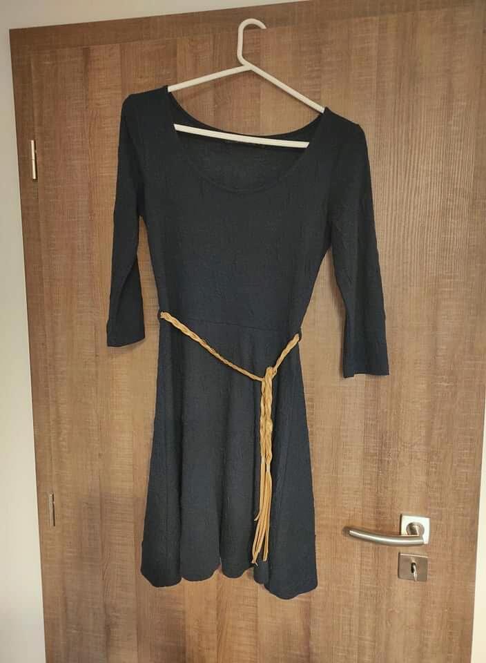Modré šaty Reserved - Obrázek č. 1