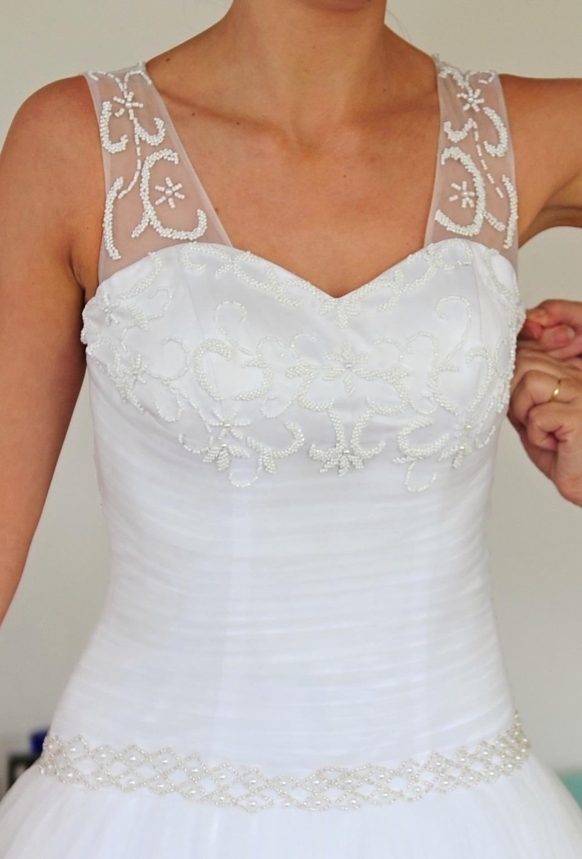 Svadobné tylové šaty - Obrázok č. 1