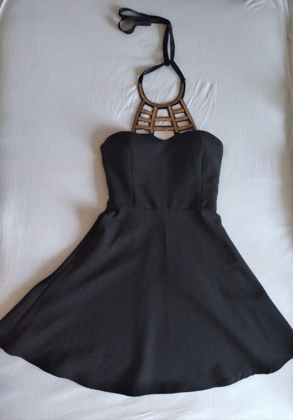 Krátke, koktejlové šaty - Obrázok č. 1