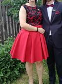 Spoločenské šaty šaty, 42