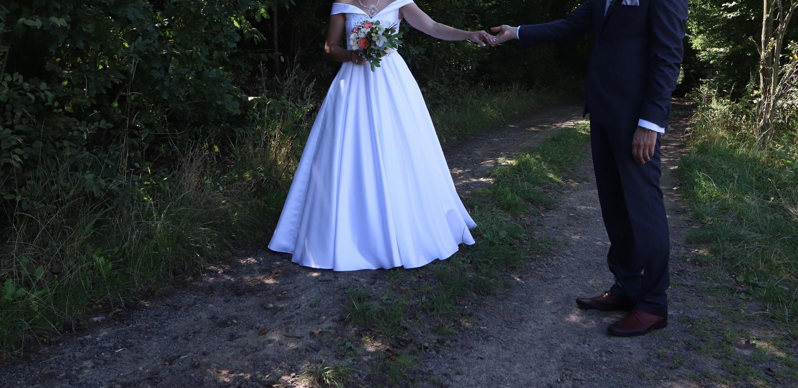 Svadobné šaty 38/40 - Obrázok č. 1