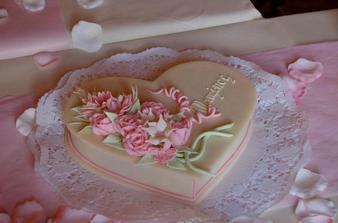 dort neboli cukrové v marcipánové krabičce pro manželovu maminku