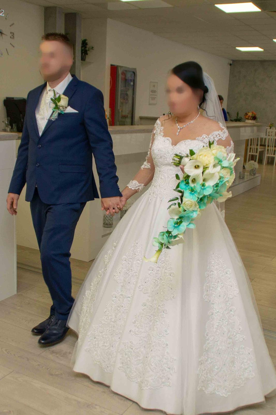 Ponukám na predaj svadobne šaty - Obrázok č. 1