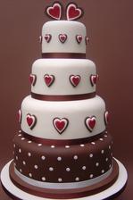 Krásna svadobná torta