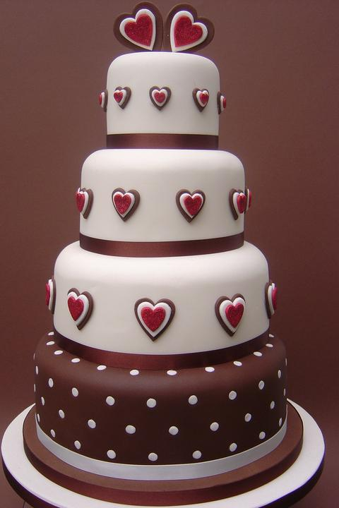 Čo nesmie chýbať... - Krásna svadobná torta