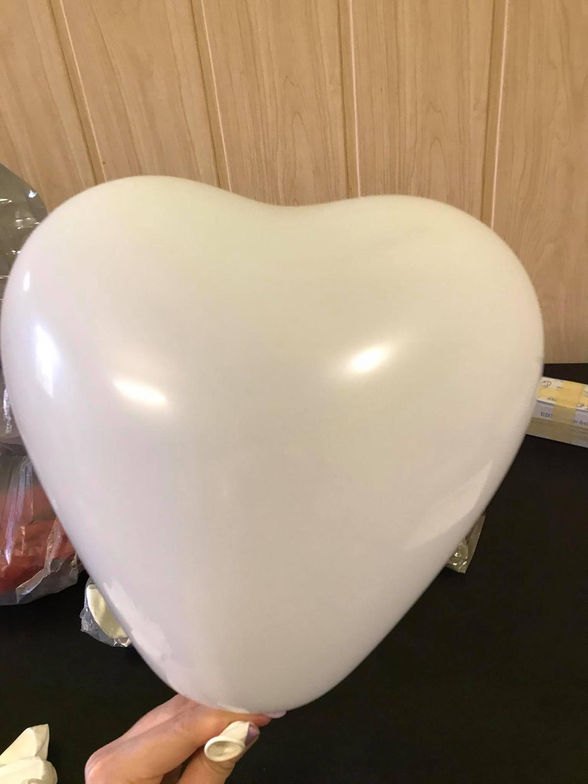 Balónky ve tvaru srdce - Obrázek č. 1