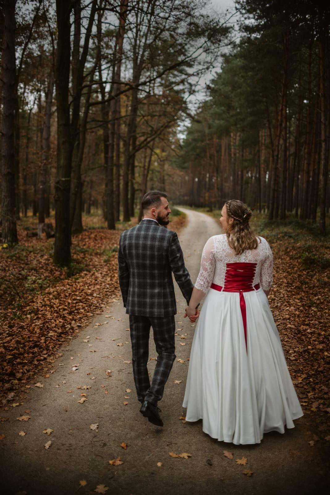 Predaj svadobných šiat - Obrázok č. 1