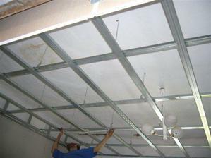 museli sme znížiť stropy