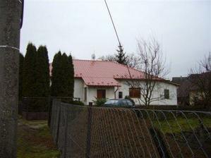dom z opačnej strany - vchod