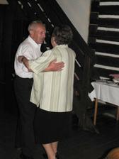 Nejvíc si naši svatbu užili asi můj dědeček s babičkou :-)
