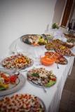catering- formou rautovych stolu