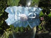 svatební podvazek modrý, L