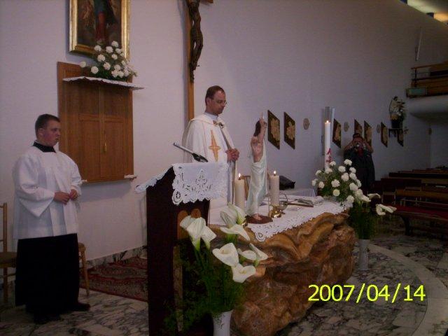 Katka Kuželová{{_AND_}}Peťko Kožík - Náš pán kaplán.