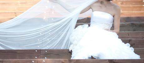 Hodvábne svadobné šaty s doplnkami (36-38) - Obrázok č. 4