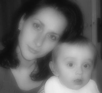 Lenka{{_AND_}}Petr - roční Viktor s mamčou