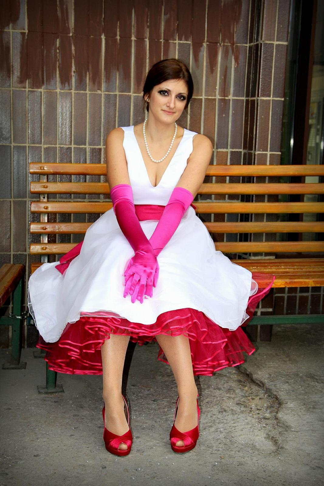 18. okt 2012 o 16 48 • Svadba bola v októbri 2012 • Odpovedz • Páči sa mi  to • bd606fe5d7b