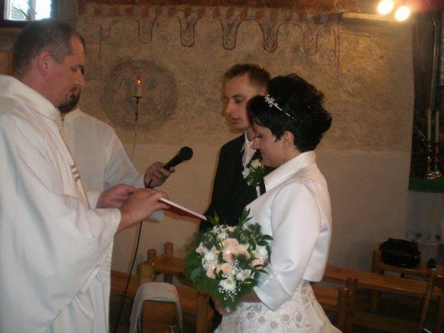 Zuzana B.{{_AND_}}Jozef R. - V kostole