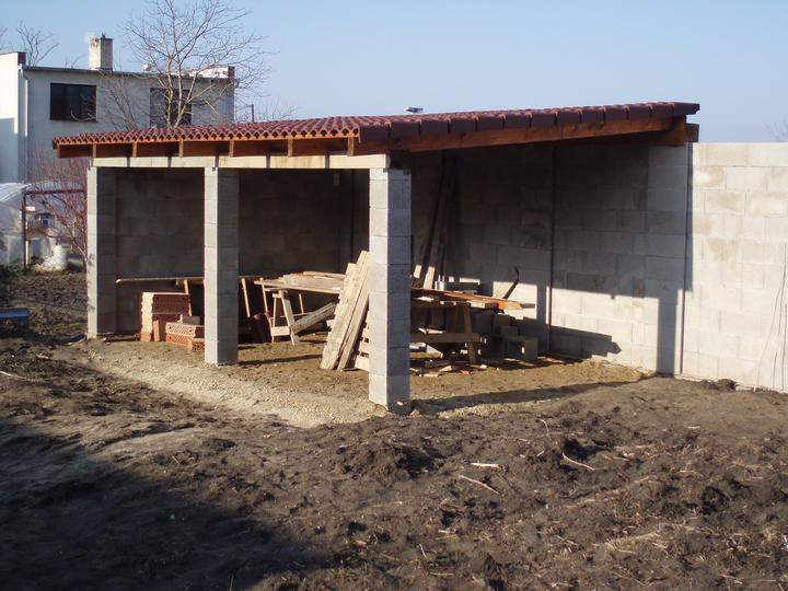 Náš domček - budúci altánok