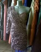 Krátke čipkové šaty, 38