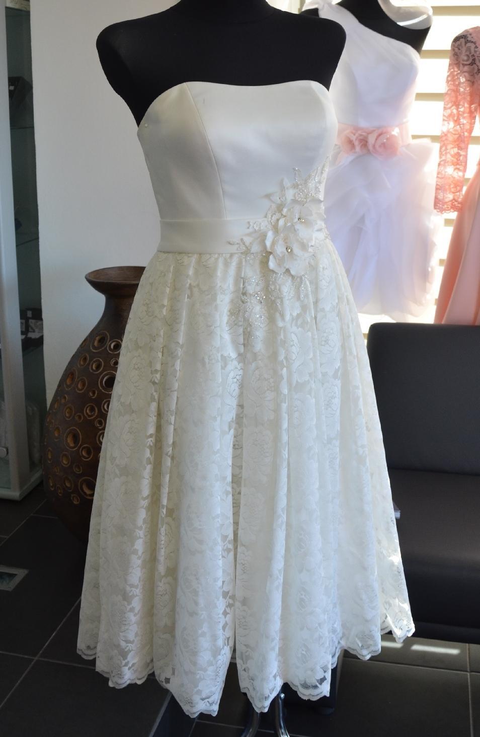 Akce 65% sleva na svatební-společenské šaty - Obrázok č. 1