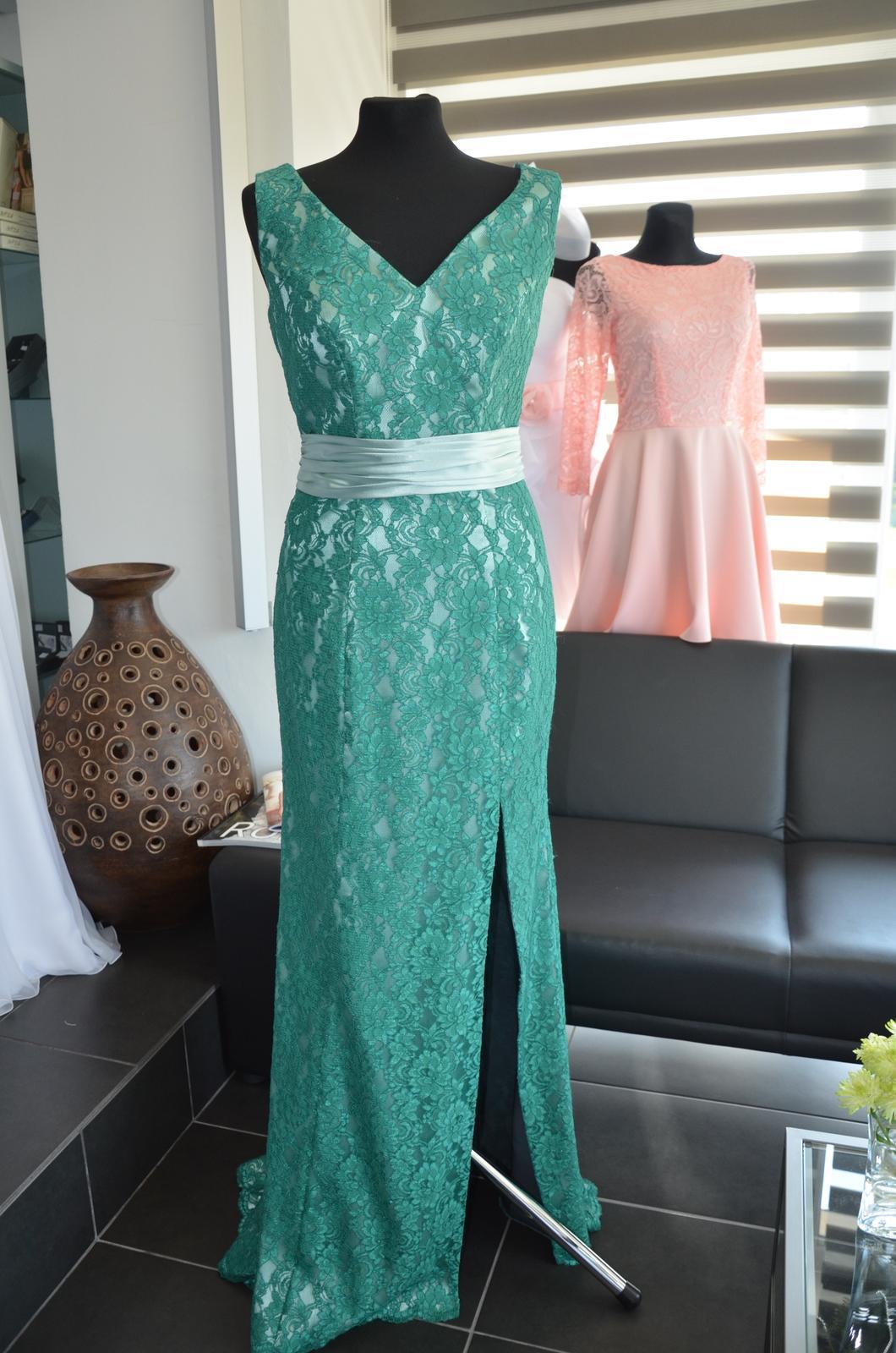 Dlouhé krajkové šaty 40-42 - Obrázok č. 2