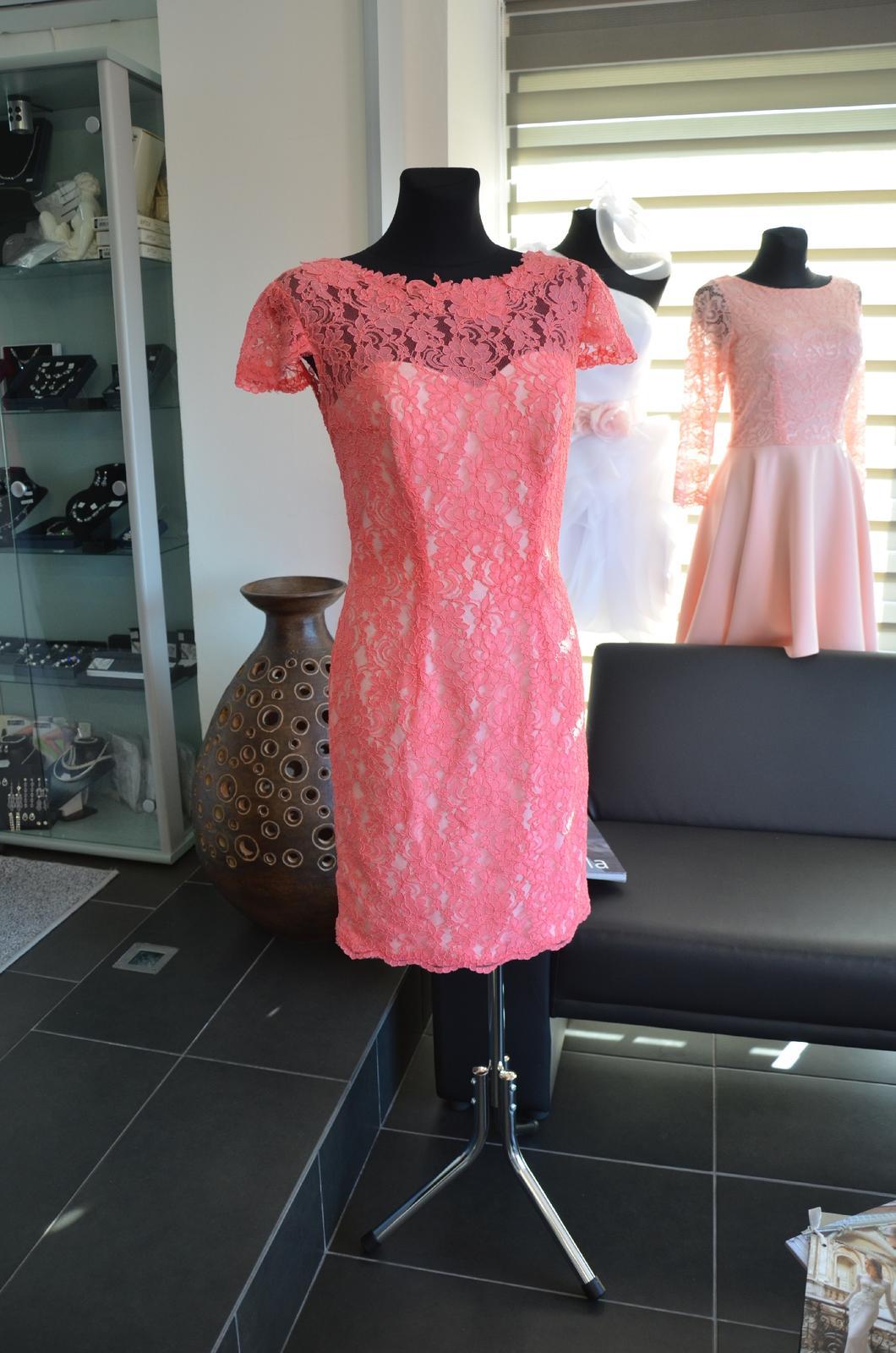 Celo krajkové šaty - Obrázok č. 2