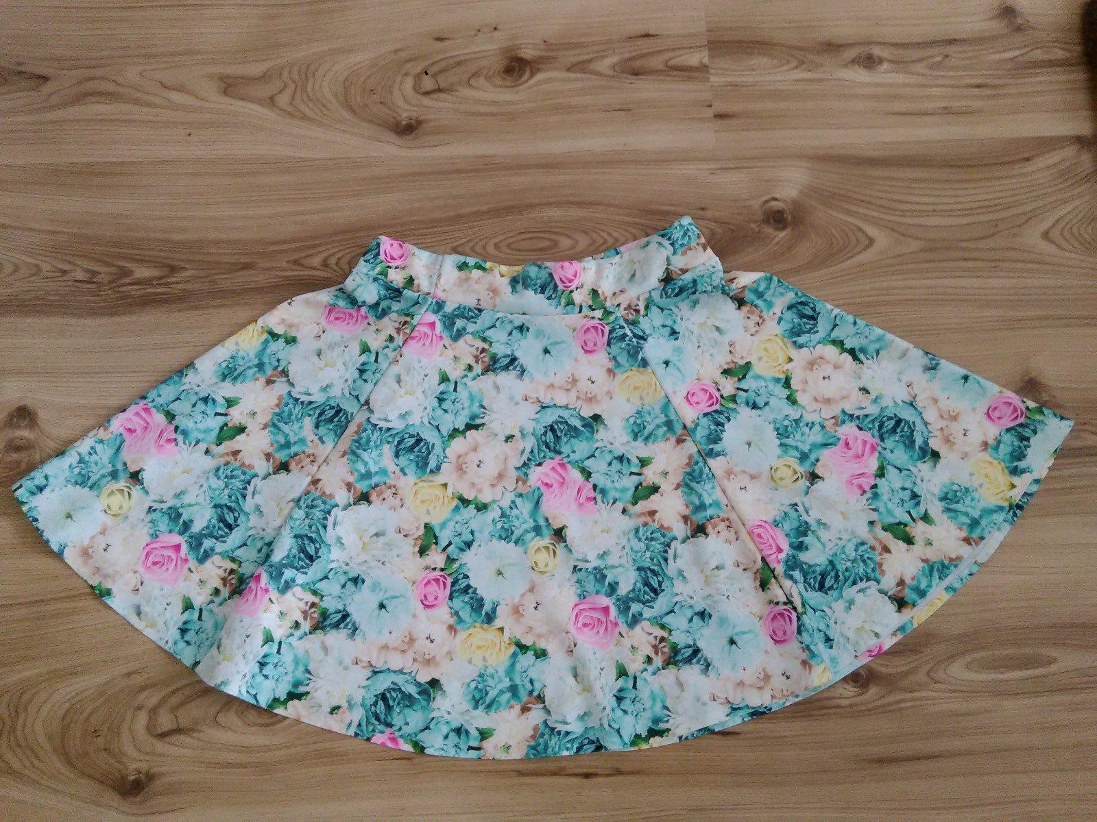 Kvetinová sukňa - Obrázok č. 1