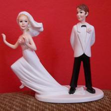 jediné figurky kde utíká nevěsta :-)