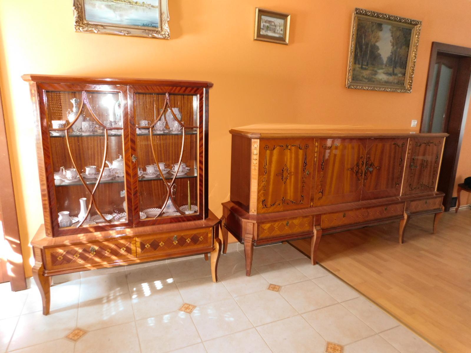 rumunský nábytok s intarziou Sheraton a rozkladací stôl so stoličkami - Obrázok č. 1