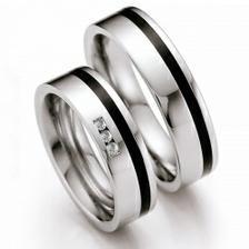 Chir. ocel + keramický proužek + na mém 3diamantíky :)