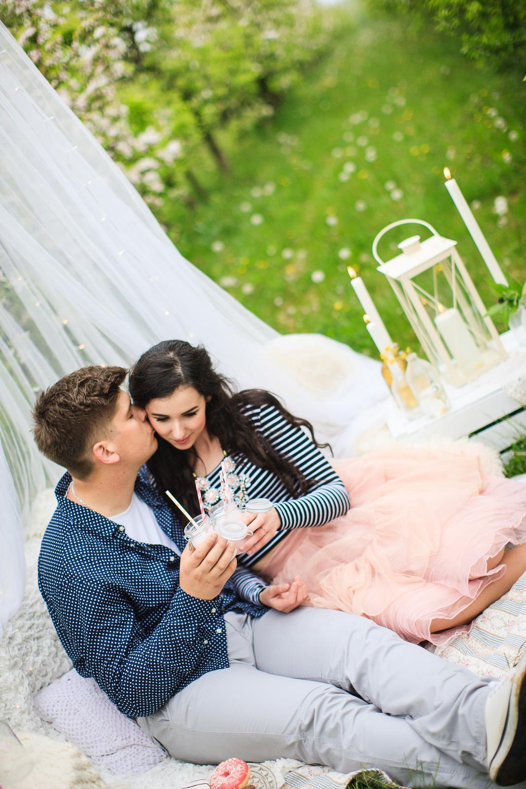 Naše handmade  foteníčko :) zatial ako snúbenci - Obrázok č. 10