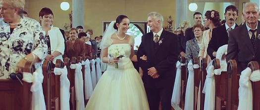 Prvý muž môjho života ma vedie uličkou - photo by RA VisualWorks (www.ravisualworks.sk)