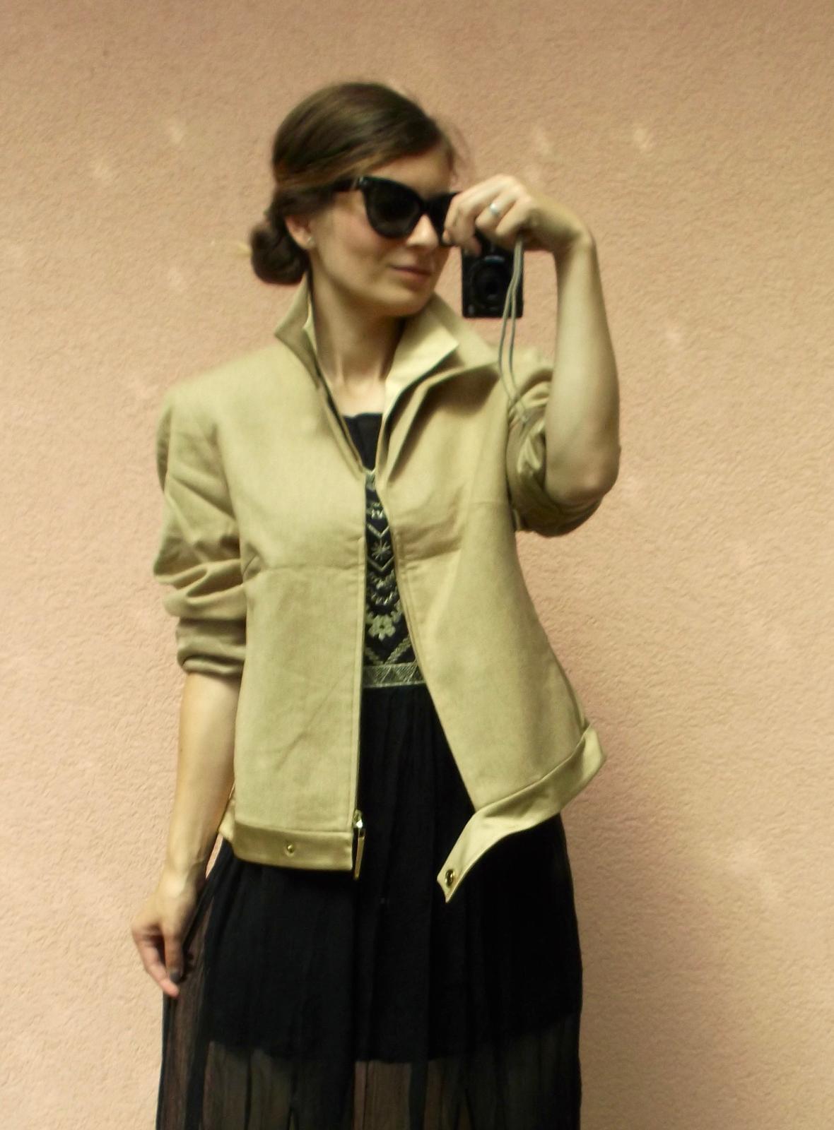 Elegancia od Betty Barclay - vlnený kabátik - Obrázok č. 1