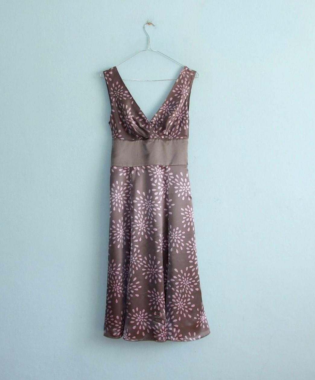 Ted Baker Nežne romantické hodvábne šaty PC140eur - Obrázok č. 1