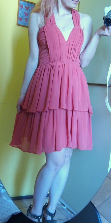 H&M Lososové volánové šaty s prekríženými ramienka - Obrázok č. 3