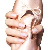 Essie Balet Slippers svetloružový lak na nechty,
