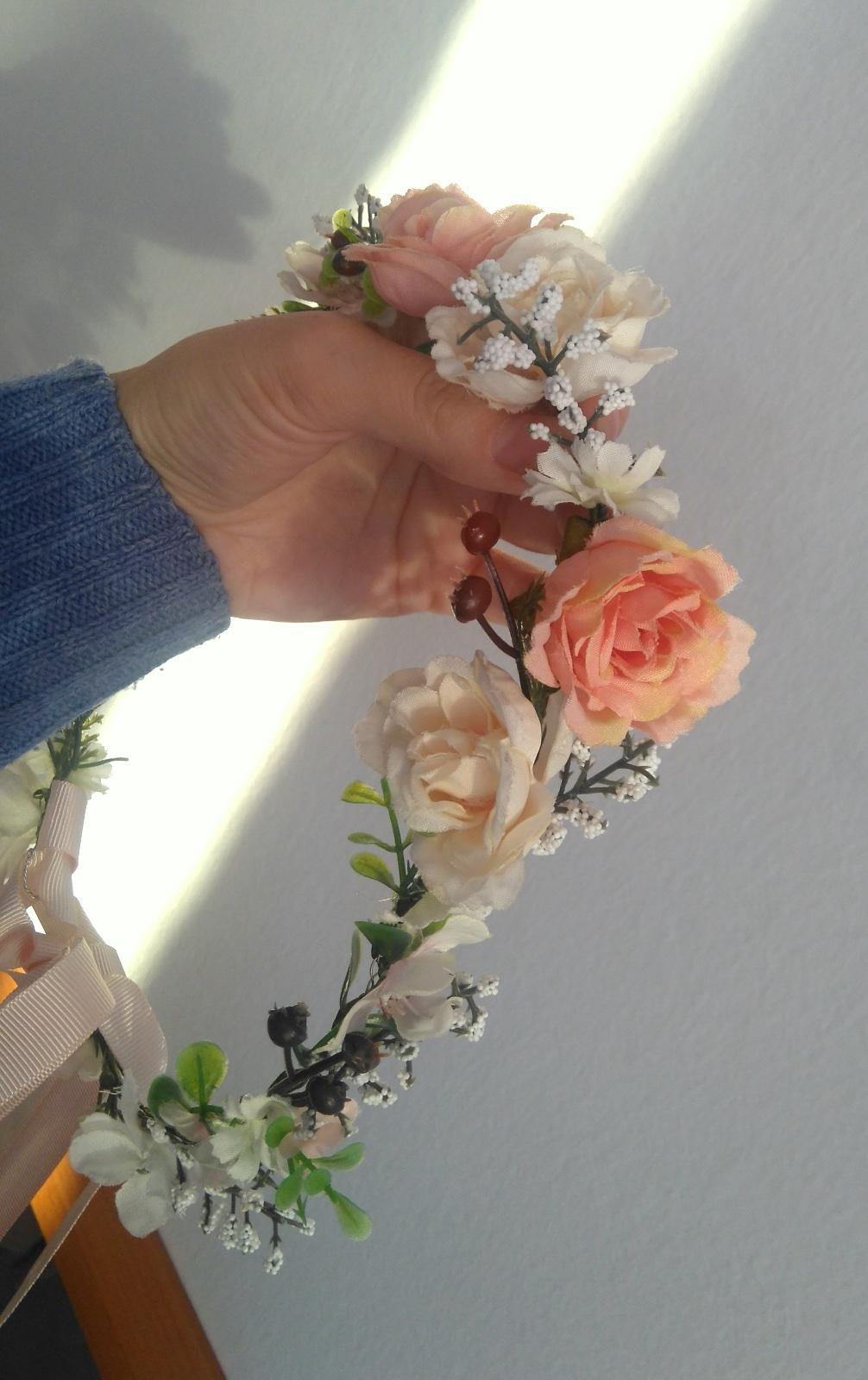Svadobný veniec čelenka z kvetov - Obrázok č. 2
