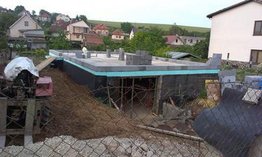 Začíname ťahať vrch :) jún/2014