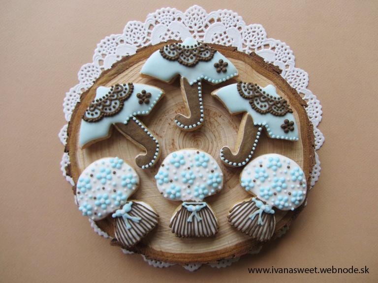 Medovníčky na candy bar - Pre mňa veľmi vzácna objednávka: Medovníčky pre Magaelu :)
