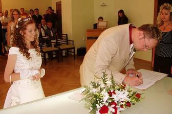 a podepsat