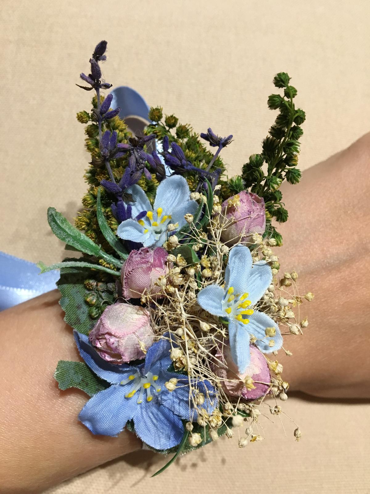 Kvetinovy naramok - Obrázok č. 1