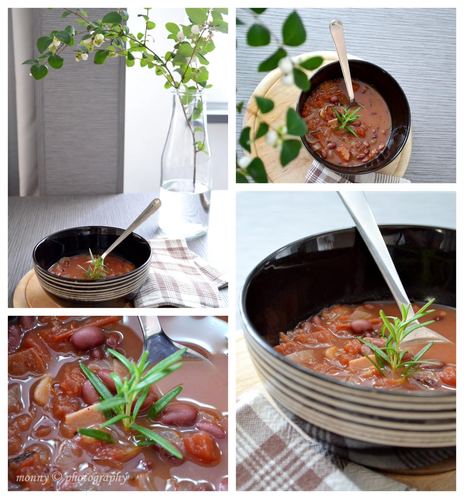 Upečeno a uvařeno u nás doma - Fazolovo-rajčatová polévka s rozmarýnem