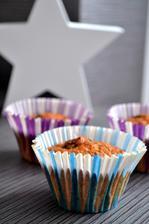Celozrnné muffiny s jablky a rozinkami