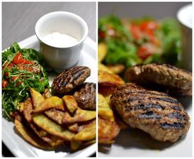 Burgery s domácími hranolky, rukolovým salátem a dipem s červenou cibulkou