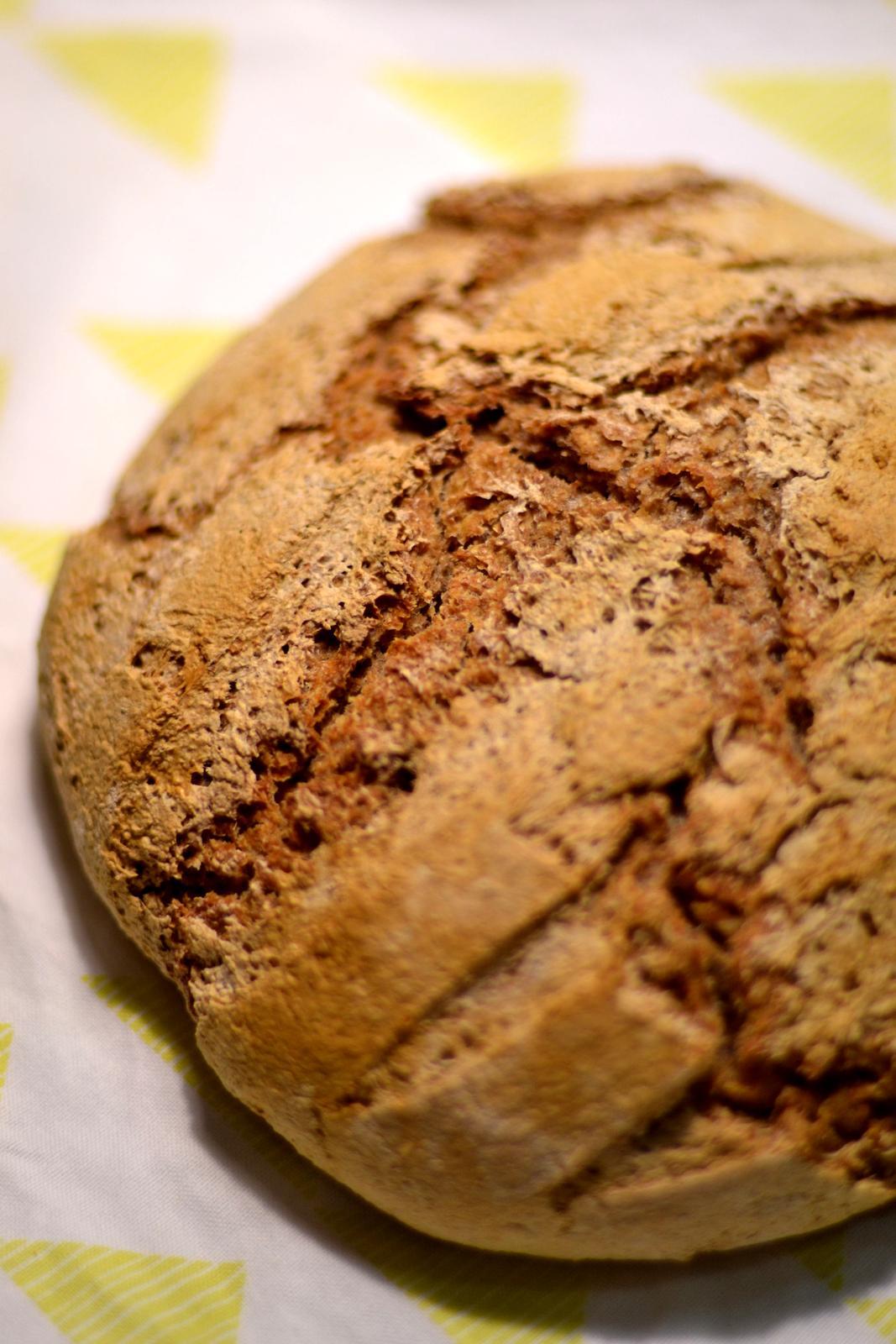 Upečeno a uvařeno u nás doma - Celozrnný kváskový chleba