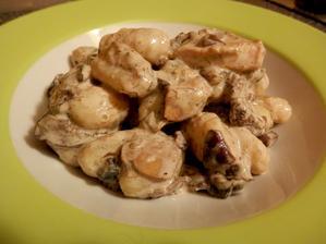 bramborové noky s lesními houbami