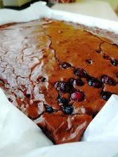 Brownies s trochou borůvek