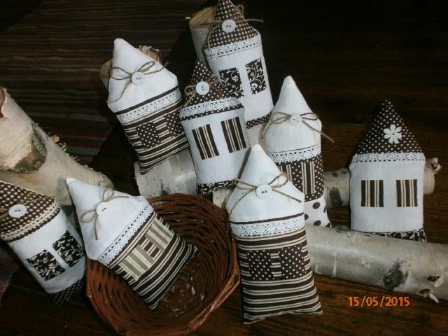 Šitie pre radosť a potešenie - dekoracne domceky